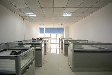 地理文化众创空间8人独立办公室